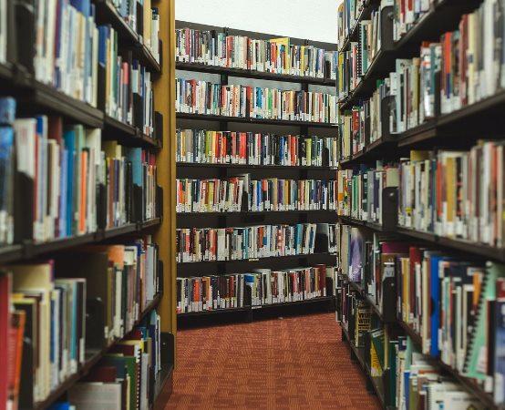 Biblioteka Tarnowskie Góry: JANUSZ MAJER – SPOTKANIE AUTORSKIE